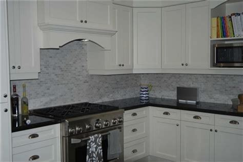 kitchen countertops tiles 25 best contact paper on countertops images on 1022