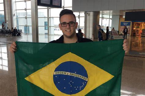 year  brazilian gamer guifera honoured  win pes