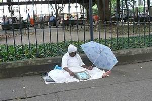 Stadtteil Von Rio : foto candombl priesterin im stadtteil copacabana in rio ~ A.2002-acura-tl-radio.info Haus und Dekorationen