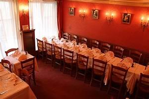La Petite Chaise : la petite chaise paris restaurant fabulous views by date ~ Nature-et-papiers.com Idées de Décoration