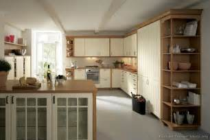 Two Tone Kitchen Cabinet Ideas Pictures Of Kitchens Traditional Two Tone Kitchen Cabinets Page 4