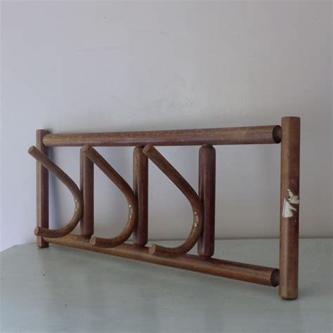 porte manteau bois ancien portemanteau ancien en bois lignedebrocante brocante en ligne chine pour vous meubles