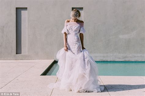 J'aton Couture Wedding Dress That Weighs 18kg And Costs