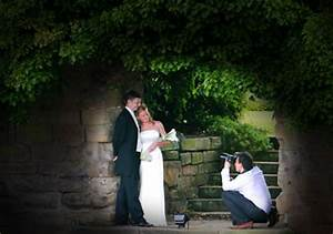 why it39s sensible to hire a professional wedding With hire photography student wedding