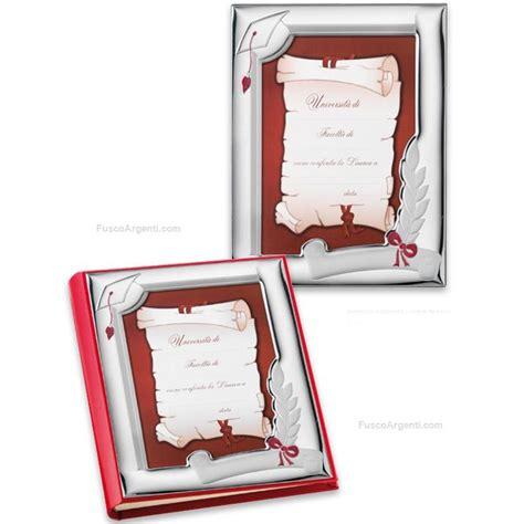 cornici per laurea cornice laurea valenti co cm 10x15 argento laminato