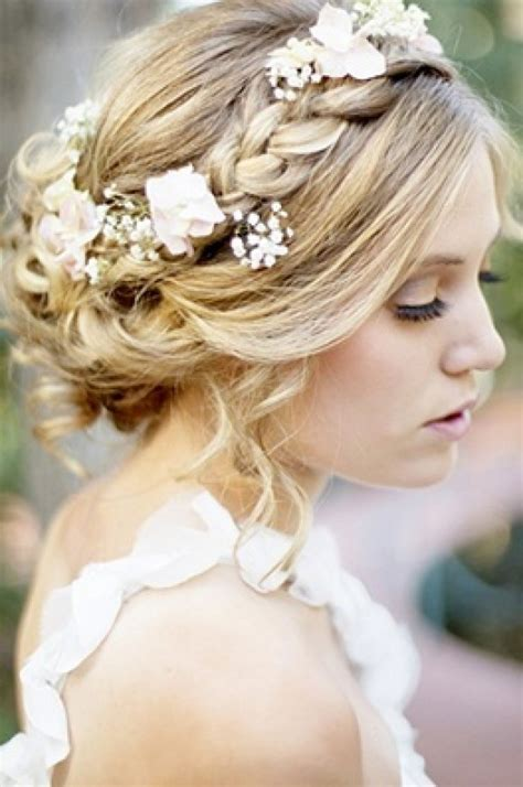 Wedding Hairstyles that cover your ears   Women Hairstyles