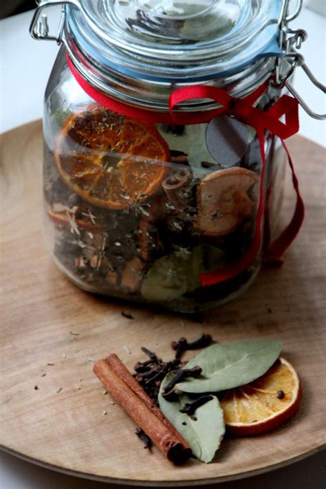diy simmering holiday potpourri hgtv