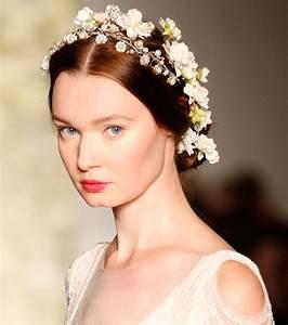 Couronne De Fleurs Cheveux Mariage : coiffure mariage cheveux longs 30 id es coiffure pour le grand jour ~ Farleysfitness.com Idées de Décoration