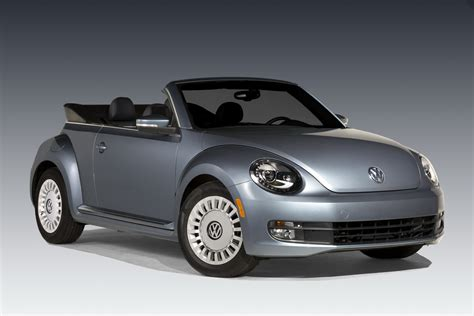 volkswagen beetle new beetle convertible denim edition joins vw s lineup