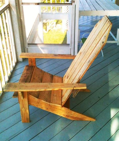 White Adirondack Chair Pallet by Adirondack Chair Made From 100 Recycled Pallet By