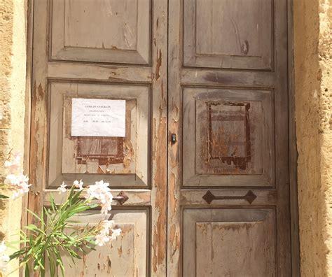 ufficio anagrafe trapani marsala gli uffici sono chiusi ma non lo deve sapere nessuno