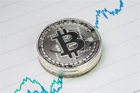 bitcoin price hits  yearly high   whats