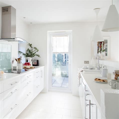 idee arredamento cucina cucina stretta e lunga idee e soluzioni per arredarla