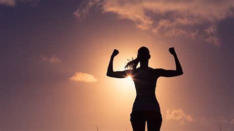women   stronger  men   study