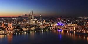 Köln Bilder Kaufen : k ln foto bild architektur architektur bei nacht k ln bilder auf fotocommunity ~ Markanthonyermac.com Haus und Dekorationen