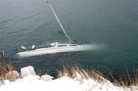 Yacht Accident by 329 Best Accident Crash Images On Pinterest