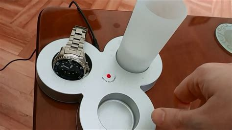 How to charge your Seiko Kinetic watch - YouTube