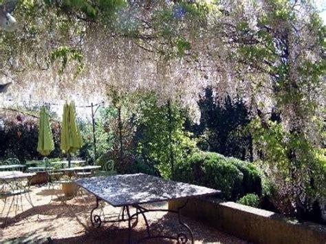 chambres d hotes uzes et environs chambres d 39 hôtes à uzès les chênes verts