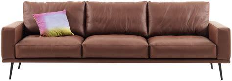 les plus beaux canap les plus beaux canapés en cuir femme actuelle
