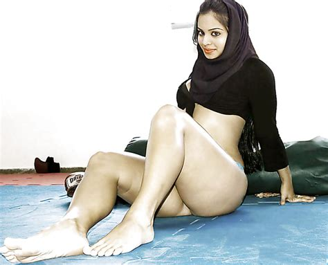 College Muslim Girl Nude
