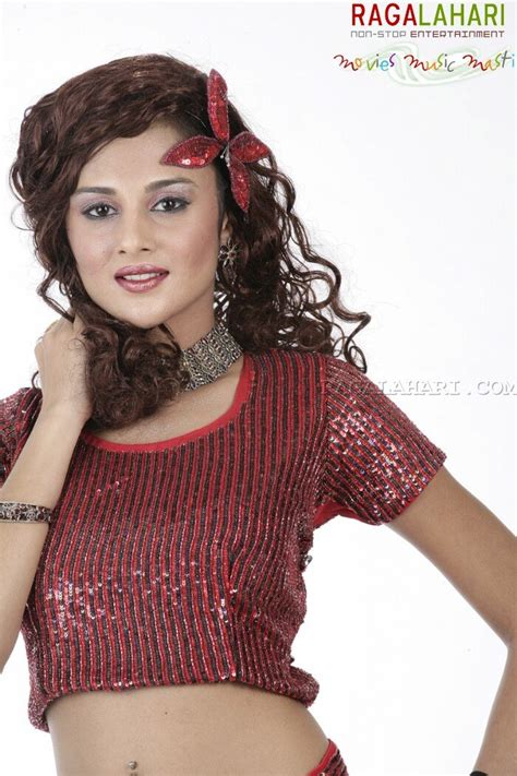 Astha Singhal Photo Gallery
