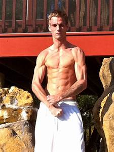 Aaron Carter Posts Shirtless Muscle Pics On Twitter ...