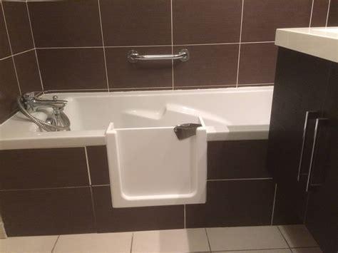 baignoire avec porte ouverture de baignoire avec porte 233 tanche renovbain
