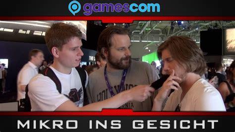 youtubern mit dem mikro ins gesicht hauen gamescom