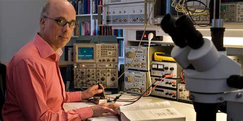 Design of analog electronics - analog electronics 1 - High ...