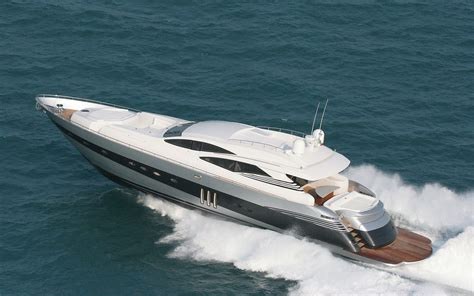 Luxury Boats by Boats Luxury Yacht With Mtu Engine And Geislinger Ders