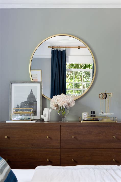 Professional Tips For Dresser Top Decor That Anyone Will ...