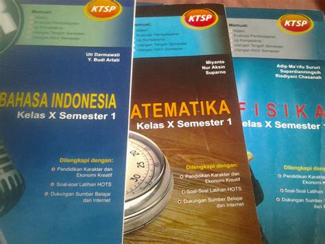 Kunci ini terbagi ke dalam tiga kelompok, yaitu mata pelajaran wajib, mata pelajaran. Kunci Jawaban Fisika Pr Penerbit Intan Pariwara Kelas 12 ...