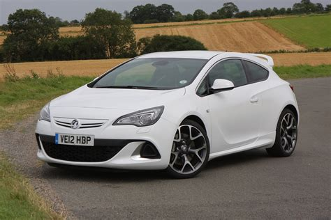 vauxhall astra vauxhall astra vxr 2012 2015 photos parkers