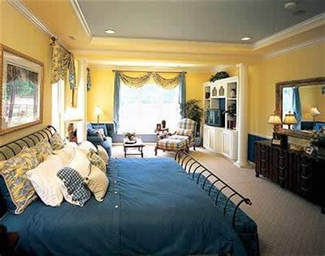 Yellow And Blue Master Bedroom by Blue And Yellow Master Bedroom Room Ideas