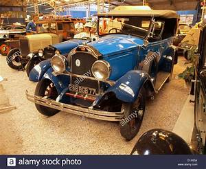 Transit Auto Reims : automobile museum reims champagne 1930 willys knight stock photo royalty free image 52821310 ~ Gottalentnigeria.com Avis de Voitures