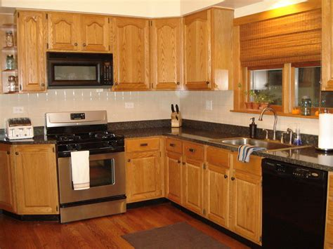 oak kitchen cabinets ideas kitchen paint colors with oak cabinets for motivate 3573