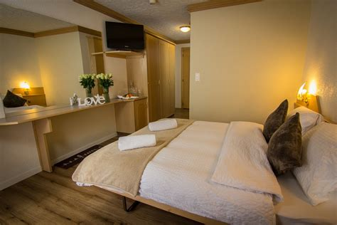 prix chambre d hotel prix d 39 été chambre hôtel bristol saas fee suisse