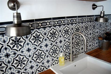 carrelage credence cuisine design carrelage ancien en crédence bo m photo n 07 domozoom