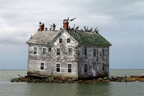 abandoned places in us holland island home in maryland s chesapeake bay photographed right before it collapsed photo