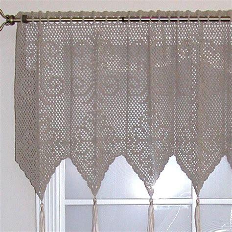 crochet curtains 95 best crocheted curtains images on pinterest cortinas crochet crochet curtains and net curtains