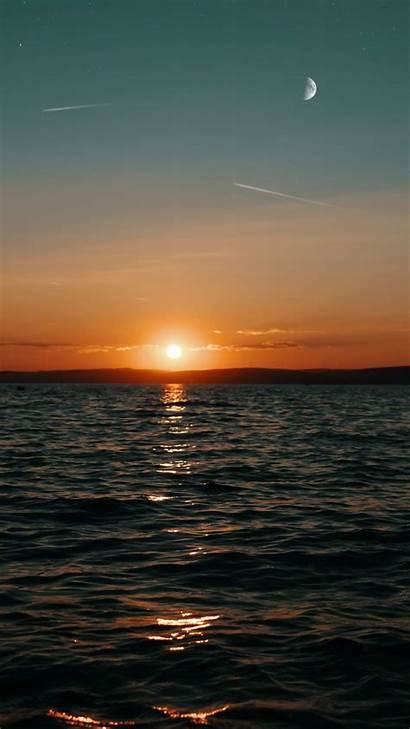 Aesthetic Moon Sun Sunset Wallpapers Ocean Iphone