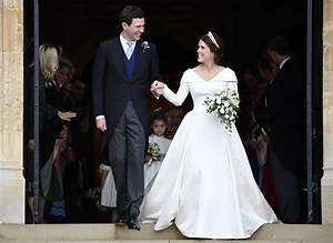 Princess Eugenie Wore Wedding Dress That Showed Scoliosis ...