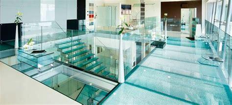 exemple cuisine moderne optez pour du carrelage en verre carrelage