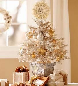 Elegant White Table Top Christmas Tree HomesFeed