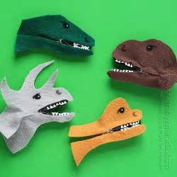Dinosaur Clothespin Craft