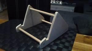 Tablet Halter Holz : diy build a tablet stand yourself make tablet stand yourself youtube ~ A.2002-acura-tl-radio.info Haus und Dekorationen