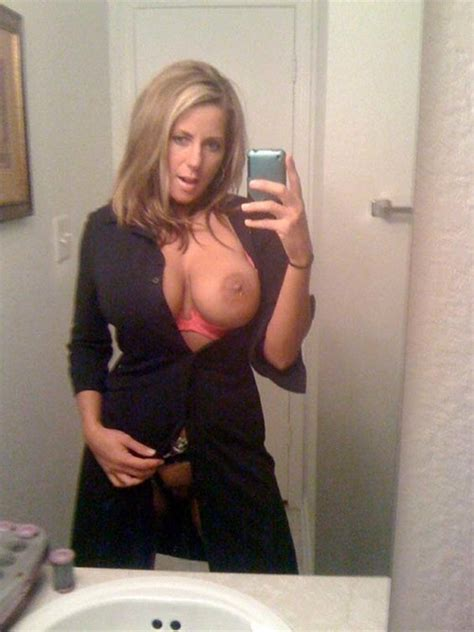 Hot UK Milfs and ex-wives, real amateur photos. Big picture #6