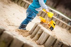 Sandkasten Selber Bauen Anleitung : sandkasten selber bauen aus palisaden eine anleitung ~ Watch28wear.com Haus und Dekorationen