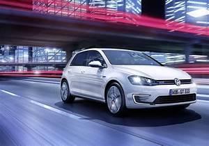 Volkswagen Hybride Rechargeable : volkswagen golf volkswagen golf gte une golf gti moteur hybride rechargeable salon de ~ Melissatoandfro.com Idées de Décoration