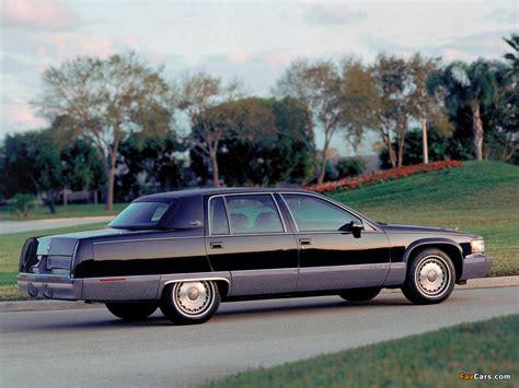 Cadillac Fleetwood 1993–96 wallpapers (1024x768)